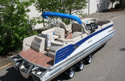 Понтонная лодка Avalon 2785 Vista Quad Lounger(QL) Twin Engine Tritoon High Performance