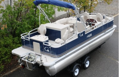 Понтонная лодка Tahoe Grand Island 2180 GT Quad Fish