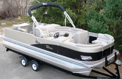 Понтонная лодка Tahoe  2385 Cascade Rear Fish Tritoon High Performance