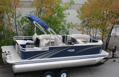 Понтонная лодка Tahoe  Grand Island 2285 TMLTZ Rear Fish